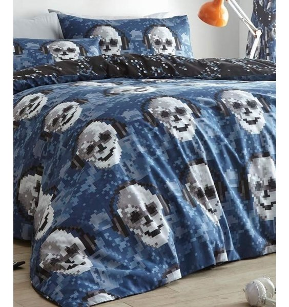 Reversible Pixilated Duvet Set with rows of Gothic Skulls on one side.