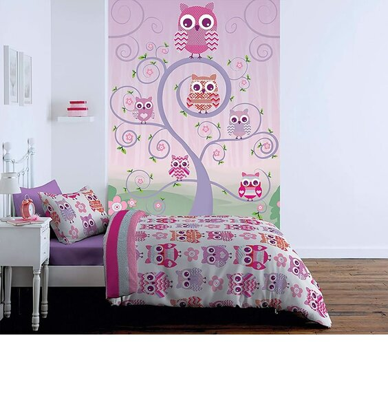 Pink and lilac owl themed wall mural.