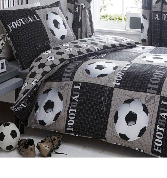Shoot, Black and White Football Duvet - Single