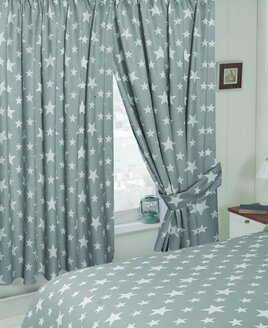 White Star, Grey Curtains 72s