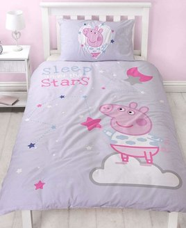 Lilac, Peppa Pig Duvet. Sleepy has Peppa ready for bed with stars and a pink moon.