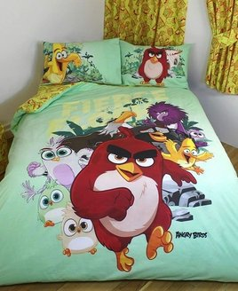 Pale green, Angry Birds themed bedding set. Red, Chuck, Matilda and Bomb. With a yellow and red design reverse.