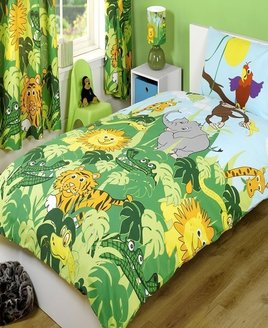 Green and yellow jungle bedding with Lions, Tigers, Crocs, Snakes, Giraffes & Monkeys and Parrots.